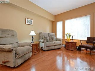 Photo 1: 207 360 Goldstream Ave in VICTORIA: Co Colwood Corners Condo for sale (Colwood)  : MLS®# 754843