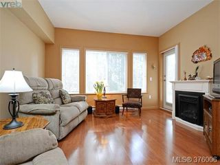 Photo 3: 207 360 Goldstream Ave in VICTORIA: Co Colwood Corners Condo for sale (Colwood)  : MLS®# 754843