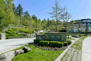 "Photo 1: 403 7428 BYRNEPARK Walk in Burnaby: South Slope Condo for sale in ""Green"" (Burnaby South)  : MLS®# R2163643"
