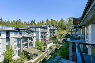 "Photo 13: 403 7428 BYRNEPARK Walk in Burnaby: South Slope Condo for sale in ""Green"" (Burnaby South)  : MLS®# R2163643"