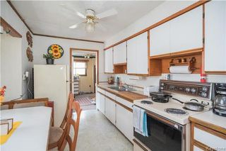 Photo 5: 221 Regent Avenue East in Winnipeg: East Transcona Residential for sale (3M)  : MLS®# 1717112