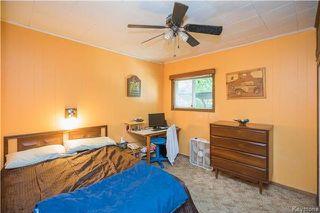 Photo 9: 221 Regent Avenue East in Winnipeg: East Transcona Residential for sale (3M)  : MLS®# 1717112