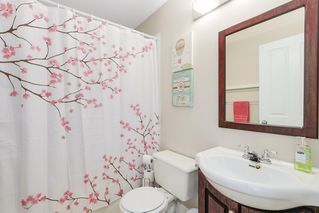 """Photo 14: 19 15030 58 Avenue in Surrey: Sullivan Station Townhouse for sale in """"SUMMER LEAF"""" : MLS®# R2186137"""