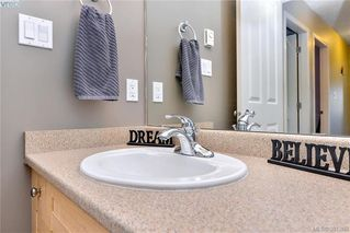 Photo 13: 124 Thetis Vale Cres in VICTORIA: VR Six Mile House for sale (View Royal)  : MLS®# 766054
