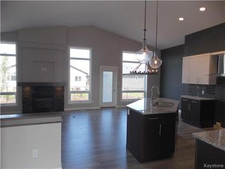 Photo 7: 29 Dovetail Crescent in Oak Bluff: RM of MacDonald Residential for sale (R08)  : MLS®# 1719867