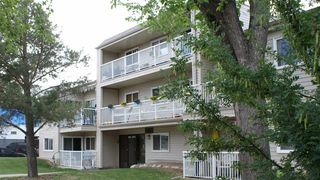 Main Photo: 204 10124 159 Street in Edmonton: Zone 21 Condo for sale : MLS®# E4086010