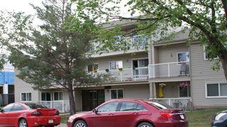 Photo 2: 204 10124 159 Street in Edmonton: Zone 21 Condo for sale : MLS®# E4086010