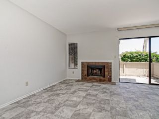 Photo 9: CARLSBAD WEST Townhome for sale : 2 bedrooms : 6995 Carnation Dr in Carlsbad