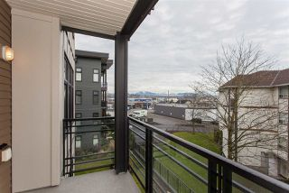 "Photo 14: 303 20068 FRASER Highway in Langley: Langley City Condo for sale in ""Varsity"" : MLS®# R2229681"