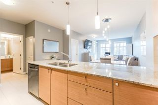 Photo 4: 306 101 MORRISSEY ROAD in Port Moody: Port Moody Centre Condo for sale : MLS®# R2241419