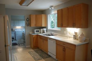 Photo 4: 32406 MCRAE Avenue in Mission: Mission BC House for sale : MLS®# R2253777