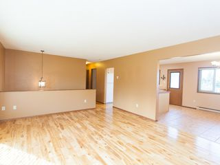 Photo 6: 243 Moss Ave in Parksville: House for sale : MLS®# 389769