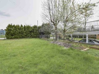 Photo 14: 7038 ELMHURST Drive in Vancouver: Fraserview VE House for sale (Vancouver East)  : MLS®# R2259485