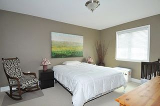 "Photo 14: 19420 HOFFMANN Way in Pitt Meadows: South Meadows House for sale in ""River's Edge"" : MLS®# R2273978"