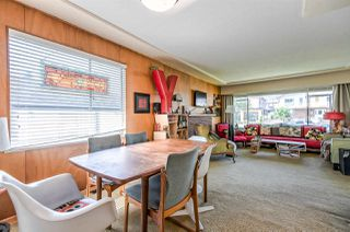 Photo 9: 453 E 11TH Street in North Vancouver: Central Lonsdale House for sale : MLS®# R2283438