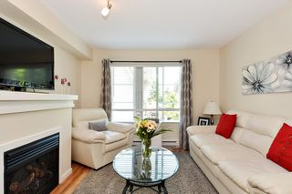 """Photo 3: 83 15175 62A Avenue in Surrey: Sullivan Station Townhouse for sale in """"Brooklands"""" : MLS®# R2296846"""
