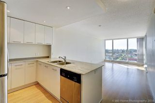 "Photo 4: 1607 3111 CORVETTE Way in Richmond: West Cambie Condo for sale in ""WALL CENTRE AT RICHMOND MARINA"" : MLS®# R2312815"