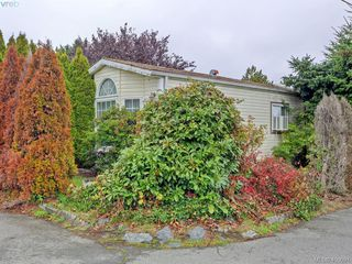 Photo 1: 21 1581 Middle Road in VICTORIA: VR Glentana Manu Single-Wide for sale (View Royal)  : MLS®# 400691
