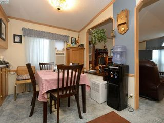 Photo 7: 21 1581 Middle Road in VICTORIA: VR Glentana Manu Single-Wide for sale (View Royal)  : MLS®# 400691