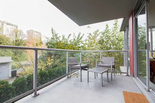 """Photo 9: 601 125 COLUMBIA Street in New Westminster: Downtown NW Condo for sale in """"NORTHBANK"""" : MLS®# R2322313"""