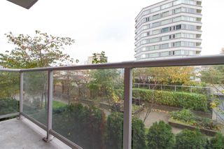 """Photo 10: 601 125 COLUMBIA Street in New Westminster: Downtown NW Condo for sale in """"NORTHBANK"""" : MLS®# R2322313"""