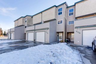 Main Photo: 16910 109 Street in Edmonton: Zone 27 Townhouse for sale : MLS®# E4136058