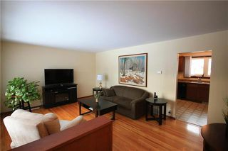 Photo 3: 54 Cascade Bay in Winnipeg: Windsor Park Residential for sale (2G)  : MLS®# 1831378