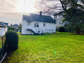Photo 18: 2475 E 2ND Avenue in Vancouver: Renfrew VE House for sale (Vancouver East)  : MLS®# R2328625