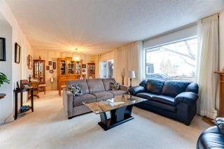 Photo 2: 2741 124 Street in Edmonton: Zone 16 Townhouse for sale : MLS®# E4140084