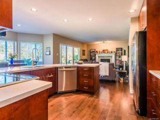 Photo 8: 1191 Rosemount Close in FRENCH CREEK: PQ French Creek House for sale (Parksville/Qualicum)  : MLS®# 804887
