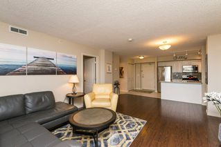 Photo 8: 1406 10909 103 Avenue in Edmonton: Zone 12 Condo for sale : MLS®# E4141578