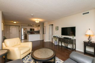 Photo 9: 1406 10909 103 Avenue in Edmonton: Zone 12 Condo for sale : MLS®# E4141578
