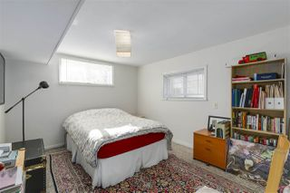 Photo 16: 2011 VENABLES Street in Vancouver: Hastings House for sale (Vancouver East)  : MLS®# R2342560