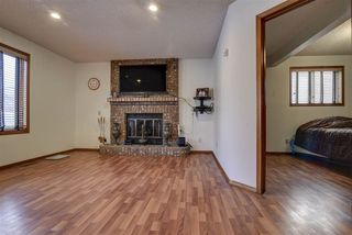 Photo 9: 18932 91 Avenue in Edmonton: Zone 20 House for sale : MLS®# E4146828