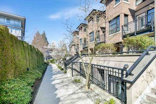 """Photo 2: 25 1863 WESBROOK Mall in Vancouver: University VW Townhouse for sale in """"ESSE"""" (Vancouver West)  : MLS®# R2354071"""
