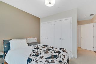 Photo 10: 2604 11969 JASPER Avenue NW in Edmonton: Zone 12 Condo for sale : MLS®# E4154964