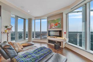 Photo 7: 2604 11969 JASPER Avenue NW in Edmonton: Zone 12 Condo for sale : MLS®# E4154964