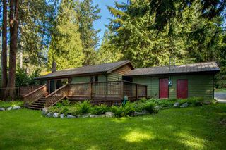 Photo 3: 3175 BEACH Avenue: Roberts Creek House for sale (Sunshine Coast)  : MLS®# R2373353