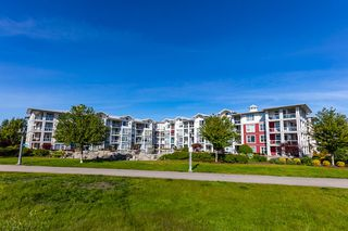 Photo 18: 305 4500 WESTWATER Drive in Richmond: Steveston South Condo for sale : MLS®# R2375581