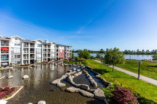 Photo 1: 305 4500 WESTWATER Drive in Richmond: Steveston South Condo for sale : MLS®# R2375581