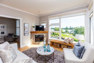 Photo 5: 305 4500 WESTWATER Drive in Richmond: Steveston South Condo for sale : MLS®# R2375581