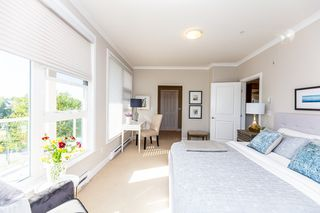 Photo 10: 305 4500 WESTWATER Drive in Richmond: Steveston South Condo for sale : MLS®# R2375581