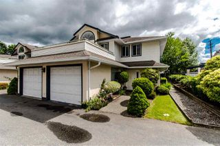 """Photo 2: 402 19645 64 Avenue in Langley: Willoughby Heights Townhouse for sale in """"HIGHGATE TERRACE"""" : MLS®# R2379846"""