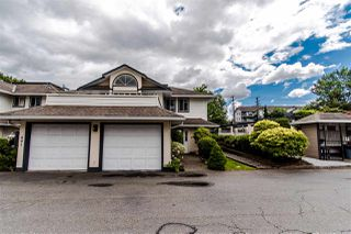 """Photo 3: 402 19645 64 Avenue in Langley: Willoughby Heights Townhouse for sale in """"HIGHGATE TERRACE"""" : MLS®# R2379846"""
