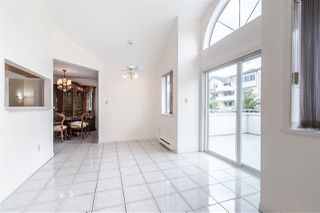 """Photo 6: 402 19645 64 Avenue in Langley: Willoughby Heights Townhouse for sale in """"HIGHGATE TERRACE"""" : MLS®# R2379846"""