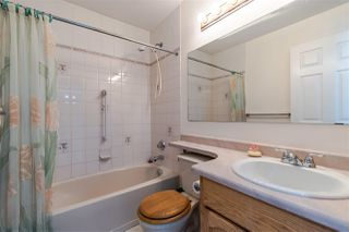 """Photo 10: 402 19645 64 Avenue in Langley: Willoughby Heights Townhouse for sale in """"HIGHGATE TERRACE"""" : MLS®# R2379846"""