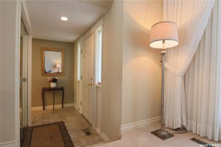 Photo 2: 506 HOGG Crescent in Saskatoon: Erindale Residential for sale : MLS®# SK776596