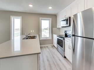Photo 5: 79 12815 Cumberland Road in Edmonton: Zone 27 Townhouse for sale : MLS®# E4161599