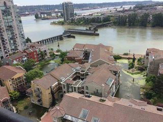 "Photo 4: 1905 1 RENAISSANCE Square in New Westminster: Quay Condo for sale in ""THE Q"" : MLS®# R2380935"