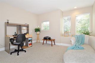 """Photo 16: 4 5239 OAKMOUNT Crescent in Burnaby: Oaklands Townhouse for sale in """"DEER LAKE ESTATES in The Oaklands"""" (Burnaby South)  : MLS®# R2387606"""